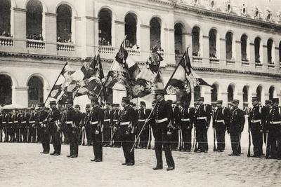 https://imgc.artprintimages.com/img/print/handover-of-6-flags-taken-from-the-germans-musee-des-invalides-1914_u-l-ppxt450.jpg?p=0