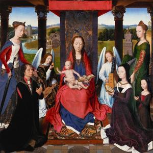 Triptych of John Donne, centerpiecE. by Hans Memling