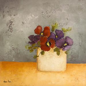 Violet 2 by Hans Paus