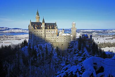 Neuschwanstein Castle near Schwangau, Allgau, Bavaria, Germany, Europe