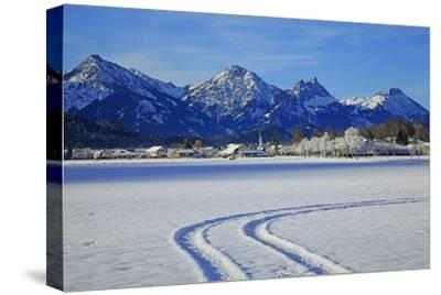 Schwangau and Tannheimer Alps, Allgau, Bavaria, Germany, Europe