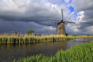 Windmills in Kinderdijk, UNESCO World Heritate Site, South Holland, Netherlands, Europe by Hans-Peter Merten