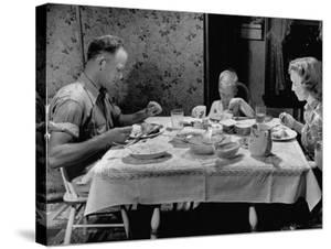 Unemployed Family around the Dinner Table by Hansel Mieth