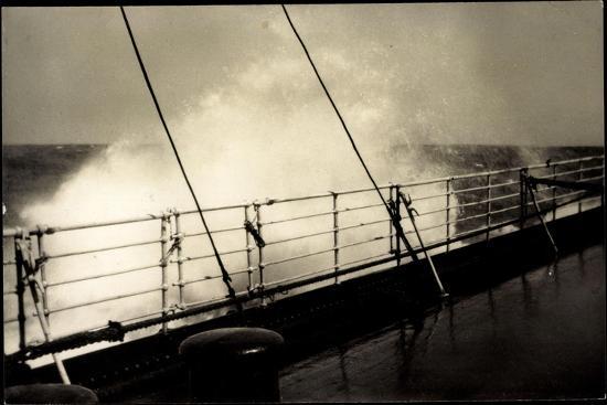 Hapag, Seestück, Dampfer Im Seegang, Wellen an Deck--Giclee Print