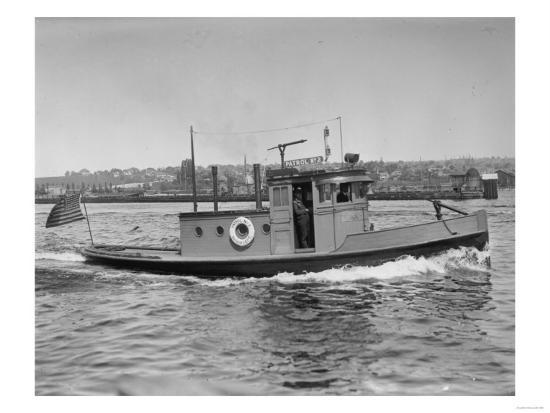 Harbor Patrol Boat Photograph - Seattle, WA-Lantern Press-Art Print