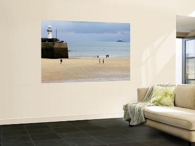 Harbour at Low Tide-Doug McKinlay-Wall Mural
