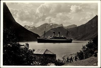 Hardangerfjord, HSDG, Dampfschiff Monte Olivia--Giclee Print