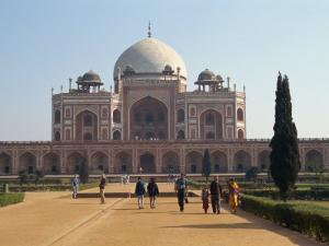 Humayun's Tomb, Completed in 1573, the Forerunner of the Taj Mahal, Delhi, India by Harding Robert