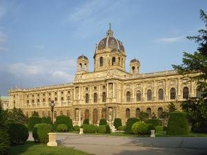 Kunsthistorie Museum, Vienna, Austria, Europe by Harding Robert