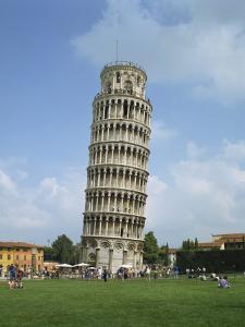 Leaning Tower of Pisa, UNESCO World Heritage Site, Pisa, Tuscany, Italy, Europe by Harding Robert