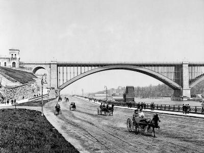 Harlem River, c1901--Giclee Print