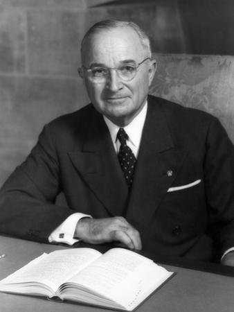 Harry Truman, President of U.S. in 1952