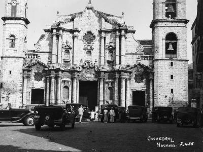 Havana Cathedral--Photographic Print