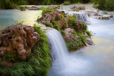 Havasu Creek Rushes Over Falls in Havasu Canyon-Derek Von Briesen-Photographic Print