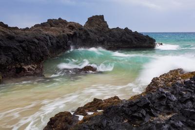 Hawaii, Maui, Makena, Ocean Wave on Rocky Coastline-Design Pics Inc-Photographic Print