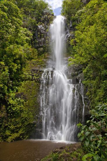 Hawaii, Maui, Wailua Falls, Large Falls with Lush Foliage-Design Pics Inc-Photographic Print