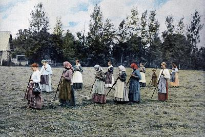 Haymaking around Moscow, Russia, C1890- Gillot-Giclee Print