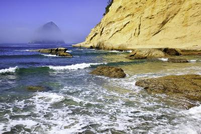 Haystack Rock, Cape Kiwanda, Oregon Coast, Pacific Ocean, Pacific Northwest-Craig Tuttle-Photographic Print