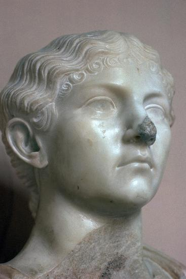 Head of Antonia, the younger daughter of Mark Antony, 1st century. Artist: Unknown-Unknown-Giclee Print