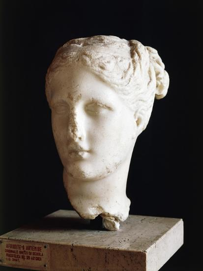 Head of Aphrodite, 325 BC Sculpture from School of Praxiteles from Apulia, Italy BC--Giclee Print