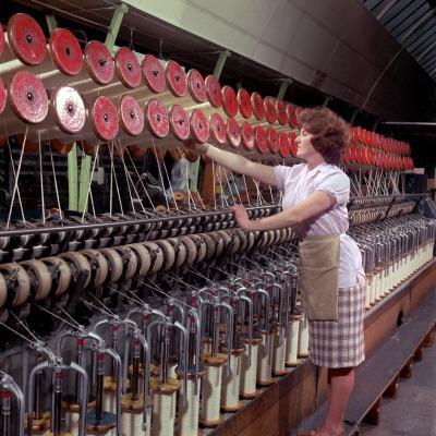 Operating a Wool-Winding Machine