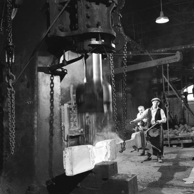 Shaping Metal with a Steam Hammer