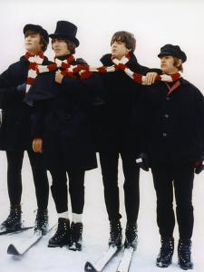 HELP, 1965 directed by RICHARD LESTER John Lennon, George Harrison, Paul McCartney and Ringo Starr