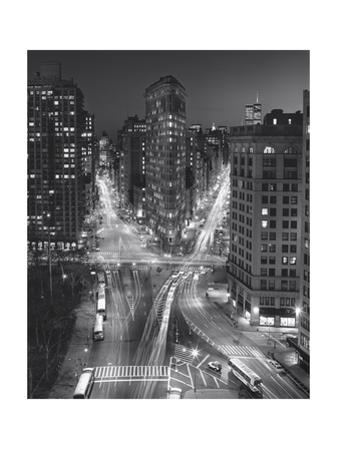 Flat Iron Building, Night 4 - New York City Landmarks by Henri Silberman