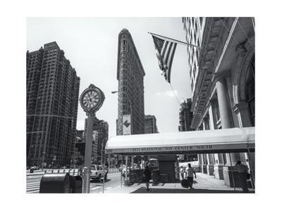 Flatiron 200 Fifth Avenue by Henri Silberman