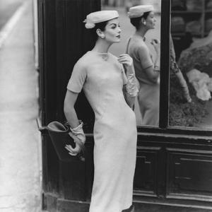 Vogue - September 1955 by Henry Clarke