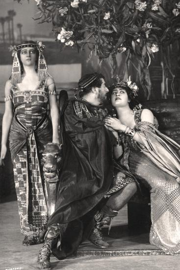 Herbert Beerbohm Tree, Constance Collier and Alice Crawford, English Actors, 1907-FW Burford-Photographic Print