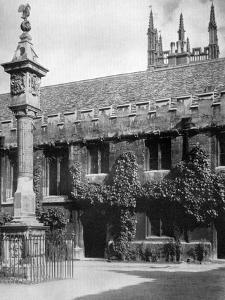 Sundial, Corpus Christi College, Oxford, Oxfordshire, 1924-1926 by Herbert Felton