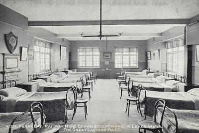 Herne Bay, Railway Mens Convalescent Home, a Large Ward, the Great Eastern Ward--Photographic Print