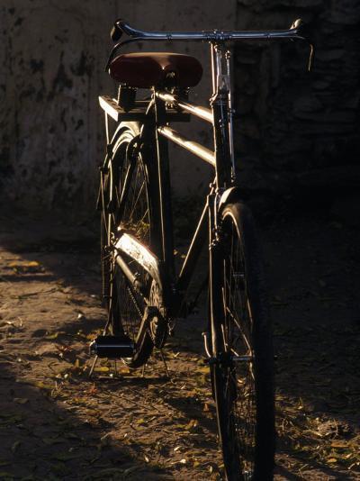 Hero Bicycle, Udaipur, Rajasthan, India-Dan Gair-Photographic Print