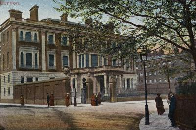 Hertford House in Manchester Square--Photographic Print