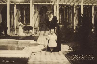 Herzogin Victoria Adelheid, Sachsen Coburg Gotha--Giclee Print