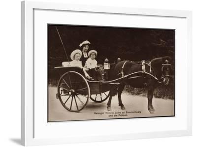 Herzogin Viktoria Luise Zu Braunschweig Und Lüneburg, Prinzen, Kutsche--Framed Giclee Print