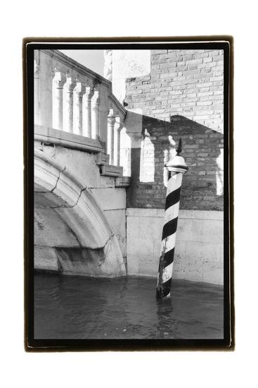Hidden Passages, Venice VII-Laura Denardo-Art Print