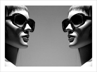 https://imgc.artprintimages.com/img/print/high-fashion_u-l-f2xi8p0.jpg?p=0