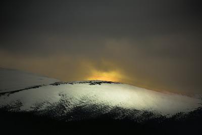 Highland Dawn-Valda Bailey-Photographic Print