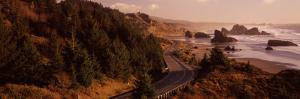 Highway Along a Coast, Highway 101, Pacific Coastline, Oregon, USA