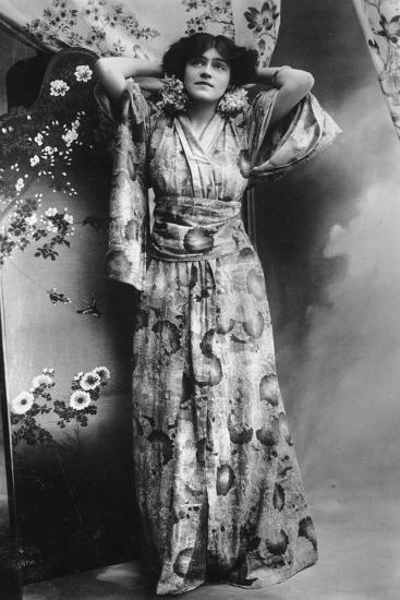 Hilda Hammerton, Actress, Early 20th Century--Giclee Print