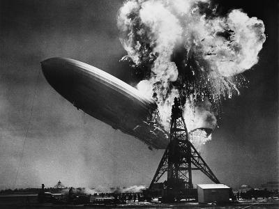 Hindenburg Explosion-Bettmann-Photographic Print
