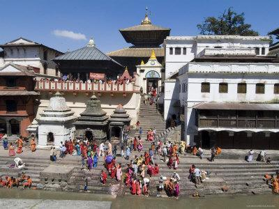 https://imgc.artprintimages.com/img/print/hindu-festival-pashupatinath-temple-kathmandu-nepal_u-l-p1ex070.jpg?p=0