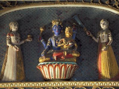 https://imgc.artprintimages.com/img/print/hindu-gods-vishnu-and-laxmi-in-half-moon-palace-india_u-l-p58l380.jpg?p=0