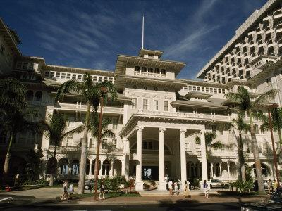Historic Moana Hotel in Waikiki, Built before 1920-Paul Chesley-Photographic Print