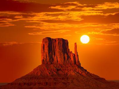 Monument Valley West Mitten at Sunrise Sun Orange Sky Utah Photo Mount