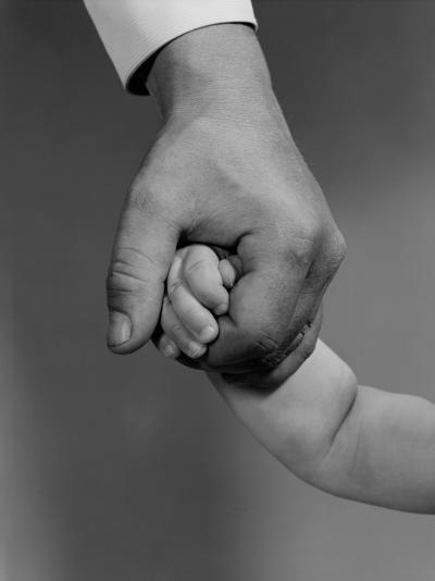 Holding Hands-H^ Armstrong Roberts-Photographic Print