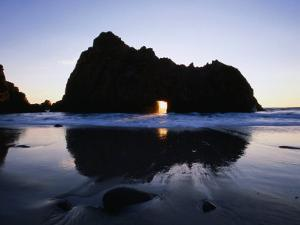 Pfeiffer Beach Rock Formation at Dusk, Pfeiffer Big Sur State Park, USA by Holger Leue