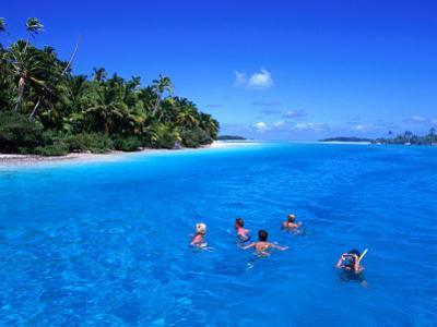 Snorkelling at One Foot Island, Aitutaki Lagoon, Cook Islands